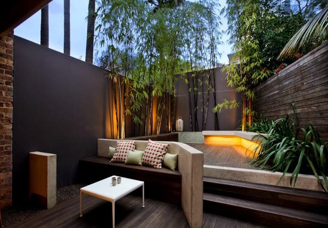 46 Amazing Small Courtyard Garden Design Ideas - PIMPHOMEE