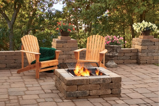13 Ideas How To Make An Inviting Patio Design Using Bricks on Square Patio Designs id=75340