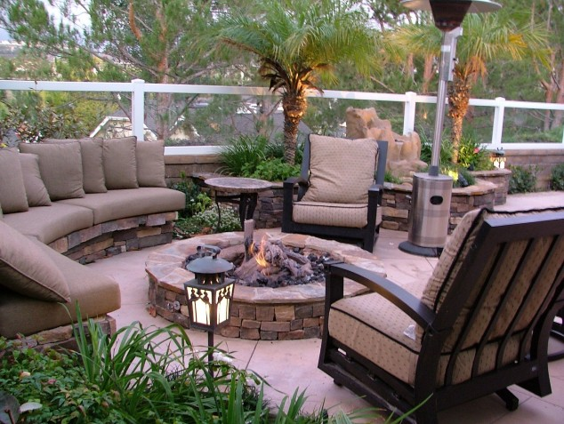13 Ideas How To Make An Inviting Patio Design Using Bricks on Stone Patio Ideas On A Budget id=87475