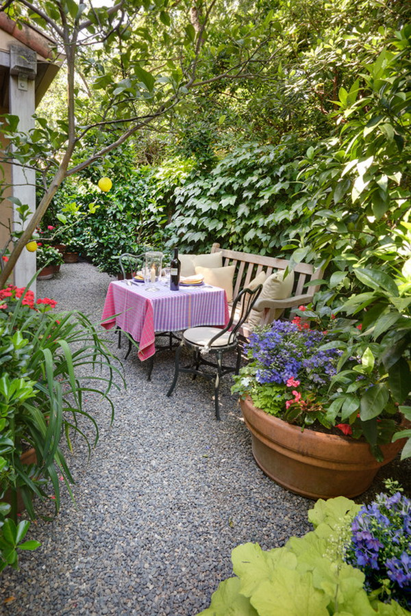 Garden Retreats: A Piece Of Paradise In Your Back Yard on Side Patio Ideas id=56497