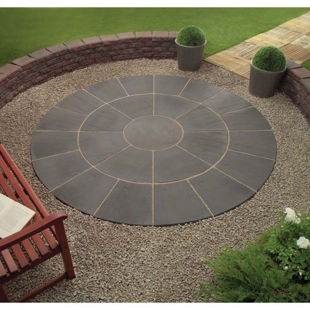 13 Circle Patio Ideas That Are Attractive For Your Eyes on Circular Patio Ideas id=71385