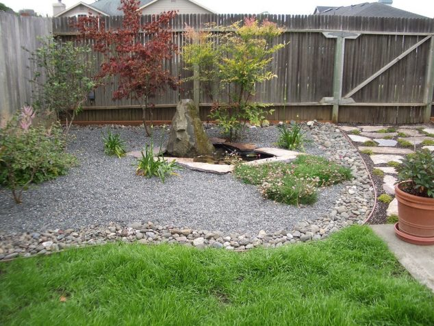 12 Attractive Garden Edging Ideas With River Stones That ... on Simple Small Backyard Ideas id=98460