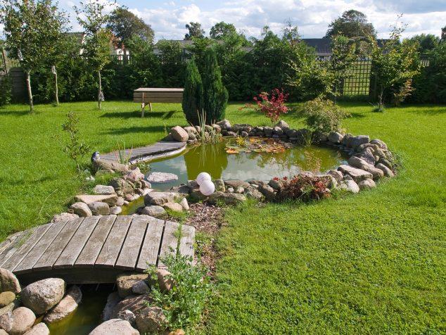 15 Cool Under Ground Garden Pond Ideas for Making Favorite ... on Small Garden Ponds Ideas id=31761