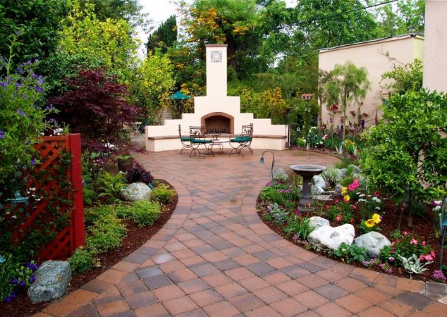 These Awesome 16 Backyard Landscaping Design Will Grab ...